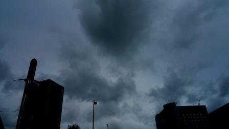 台風近づく.JPG