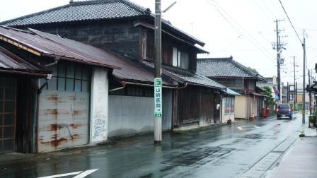 古い町2.JPG