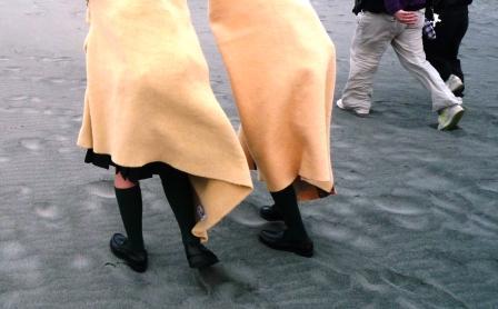 毛布と砂浜.JPG